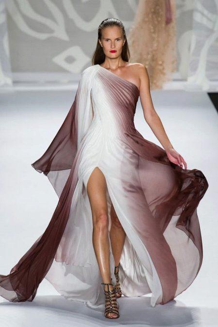 Hvid brun kjole