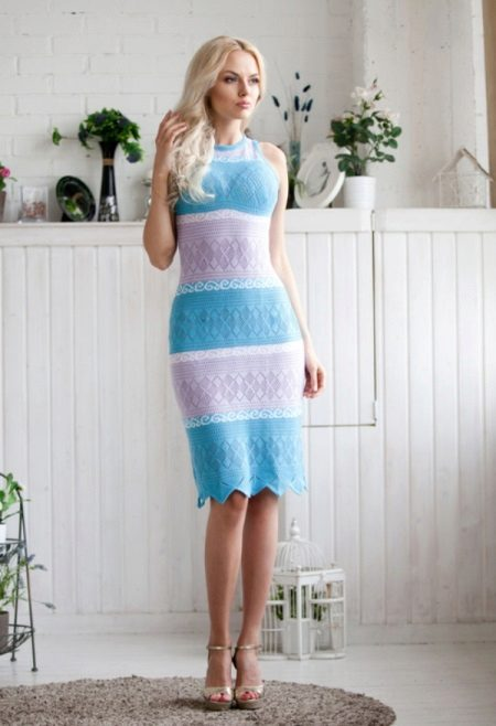 Two-tone knitted dress