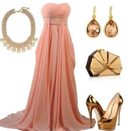 Kultaiset korut persikka-mekkoihin