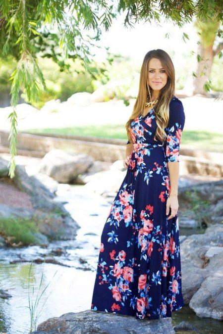 Lange gebreide gebloemde jurk