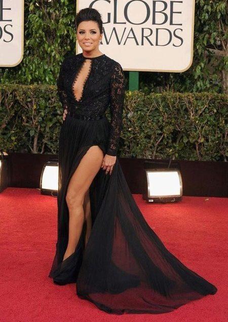 Musta niin pitkään kuin mahdollista mekko