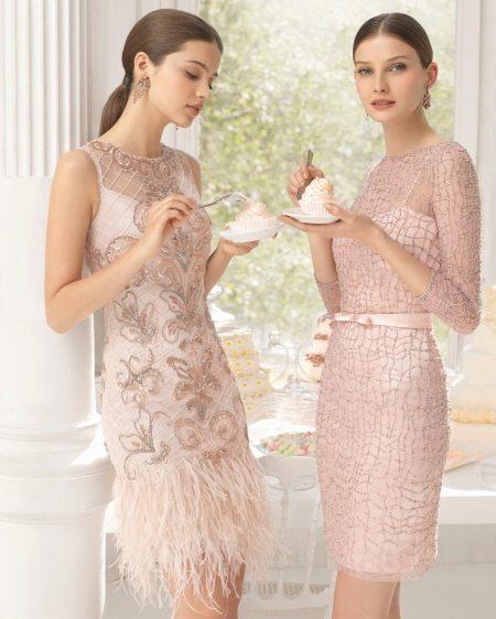 Roz rochii de cocktail
