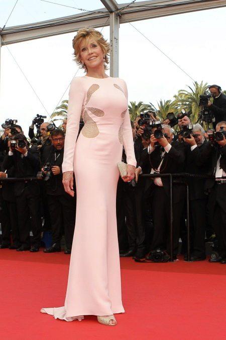 Jane Fonda rochie roz
