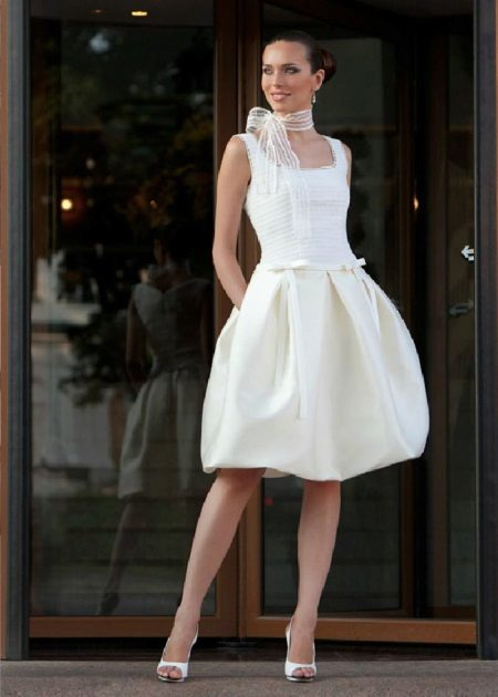 Wedding balloon dress