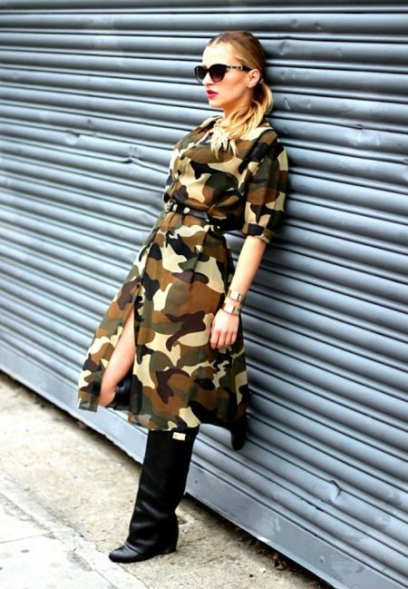 Orta uzunlukta kamuflaj safari elbise