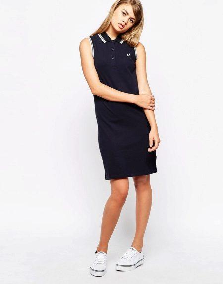 שמלה שחורה אורך בינוני
