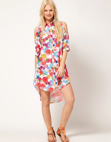 Short shirt dress with print
