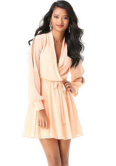 Flared kjole med ermer