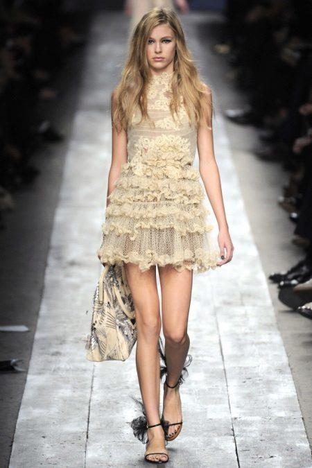 Kombinerad stickad klänning