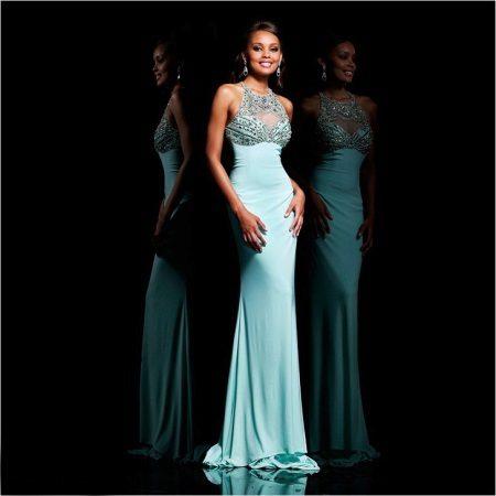 klänning med en amerikansk ärmhål för prom