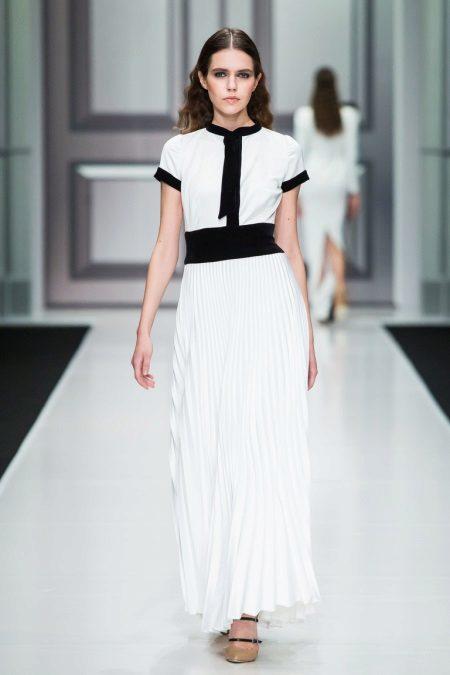 Есенна рокля бяла