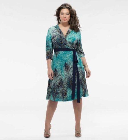 Nyomtasson ruházati köpenyt az elhízott nők számára