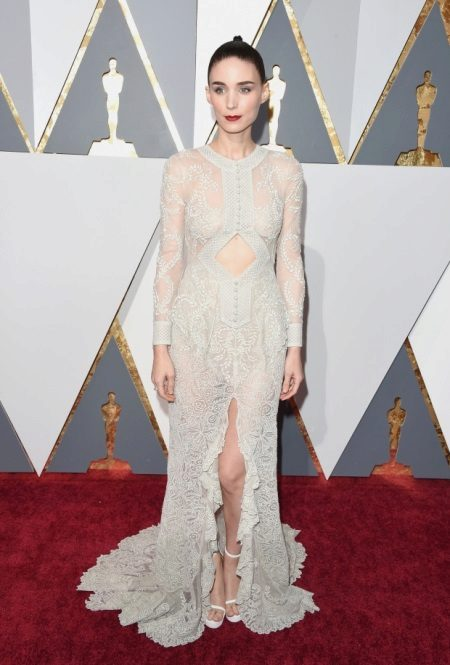 Rooney Mara a Givenchy Couture-ban