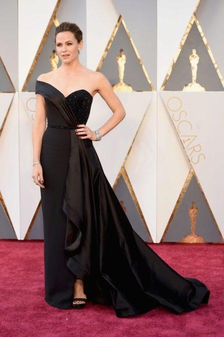 Jennifer Garner az Atelier Versace-nál