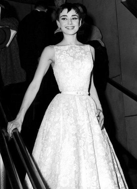 Lush Mekot 60-luvulta - Audrey Hepburn