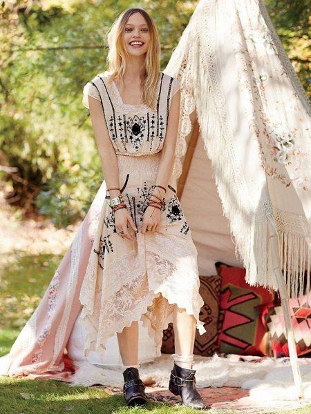 Kuviollinen boho-mekko