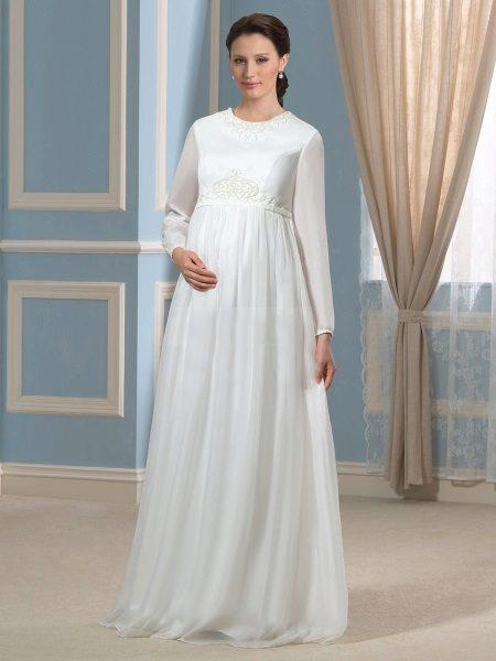 Vestuvių suknelė nėščioms moterims