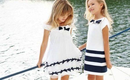 Vestido de verão para meninas branco e azul