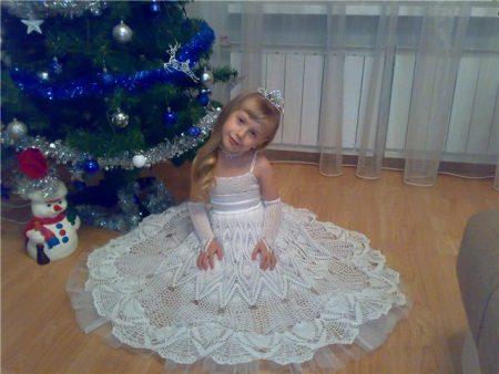 Vestido de crochê elegante para meninas