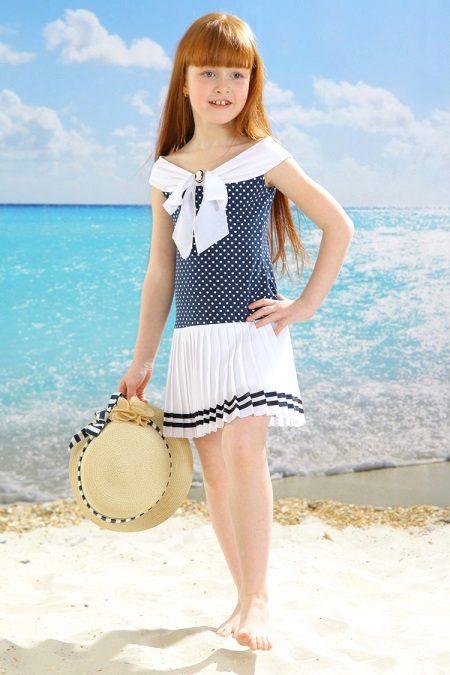 Vestido elegante em estilo mar para a menina