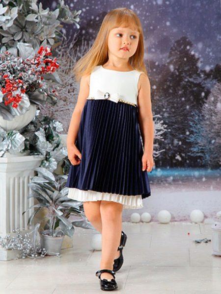 Vestido elegante para a menina cheia preto e branco