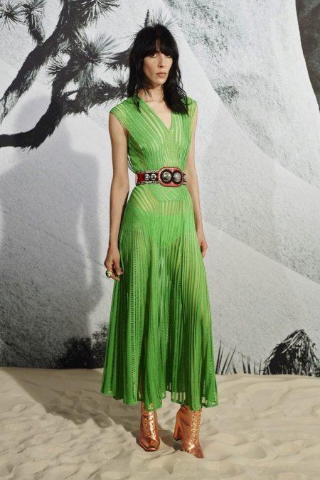 Vestido verde brilhante com cinto