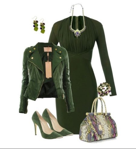 Joia de vestido verde contrastante