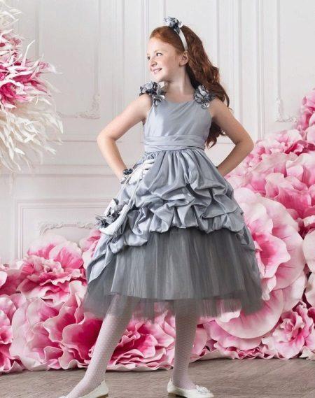 Vestido de formatura no jardim de infância cinza