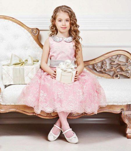 Vestido de ano novo para a menina de 5 anos