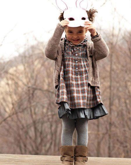 Vestido de outono para uma menina de 5 anos para todos os dias